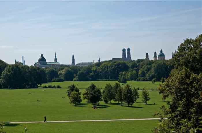 Englischer Garten Blick auf München