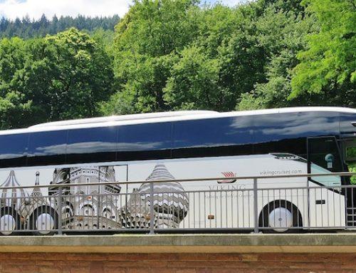 Reisebus als Entwicklungshelfer und Umweltschützer