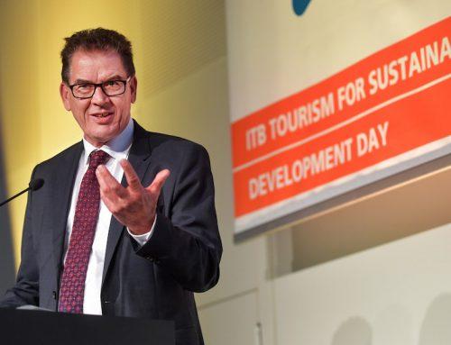Bundesentwicklungsminister Müller will Touristiker zu mehr Nachhaltigkeit bewegen