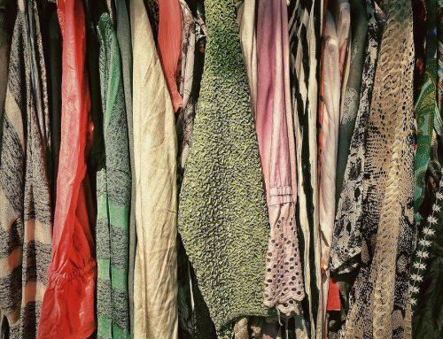 Nachhaltiger Warenkorb: Kleiderkauf aus zweiter Hand schützt Wasserressourcen