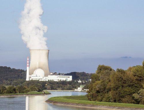 Auf dem Weg zur CO2-Reduktion sollten Länder auf erneuerbare Energien statt auf Atomkraft setzen
