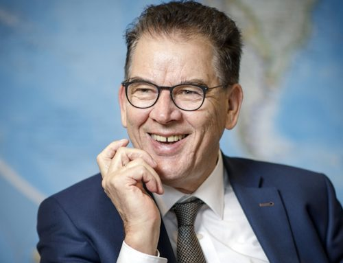 BMZ: Minister Müller gegen pauschale Reisewarnung