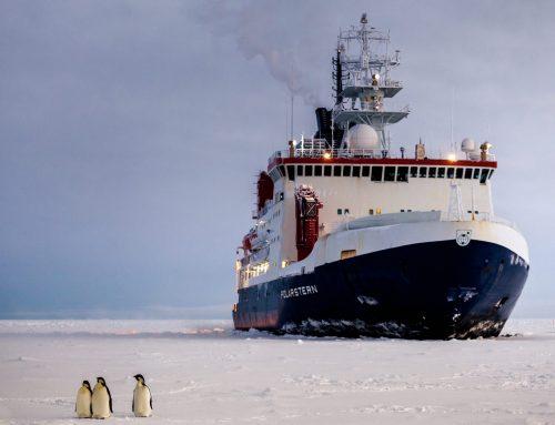 Forschen unter Pandemiebedingungen: Polarstern im Wedellmeer